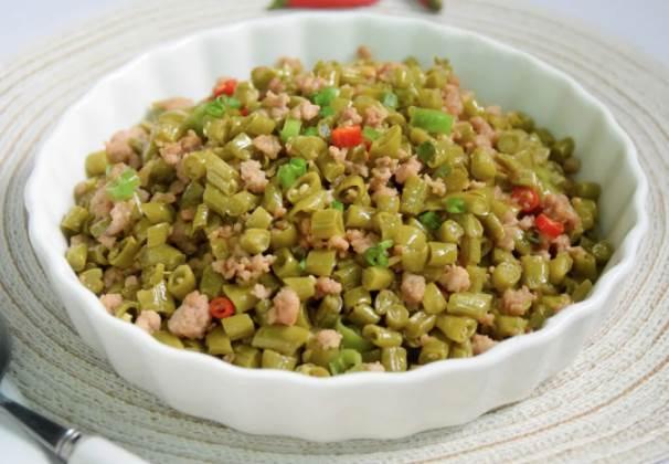 米飯黨超愛的肉末酸豆角,酸辣過癮,拌米飯簡直絕了,連吃三碗都不夠!