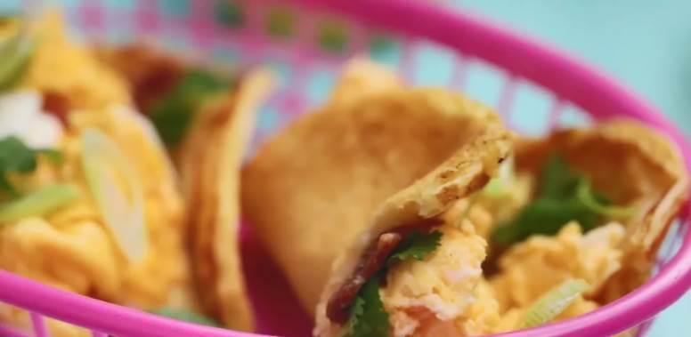 煎餅塔可!墨西哥美食搭配中式小吃, 喲喲切克鬧,煎餅果子來一套!
