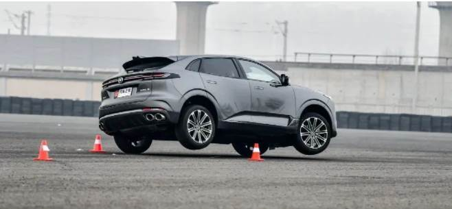 熱門國產SUV剛上市差點「翻車」!還越描越黑?