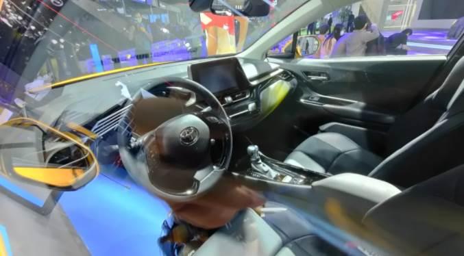 豐田最受女生喜歡的SUV出新款,還是那麼好看,但更省油了!
