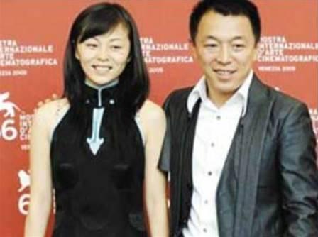 黃渤妻子首曝光,看看她背景實力,難怪看不上對他示愛的林志玲