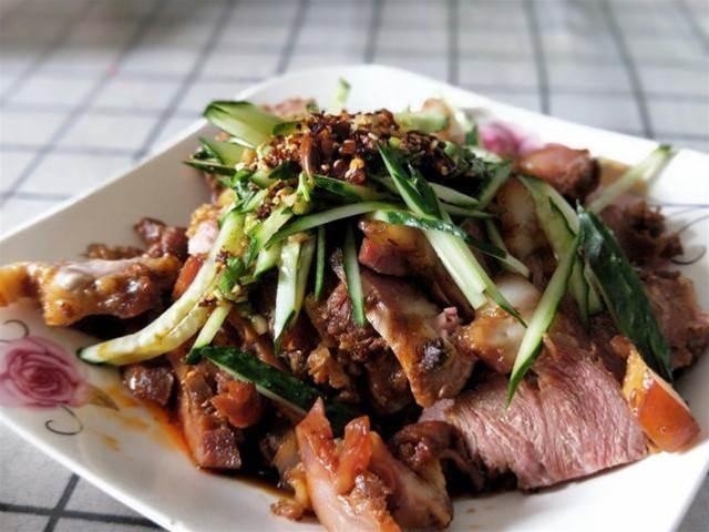北方人最愛的下酒菜,只要端上桌,酒量小的也能喝半斤,好吃不貴